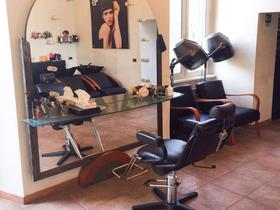 Lookmaker Barberini - Parrucchieri Estetica