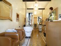 Trotta Parrucchiere Vittorio Emanuele - 2