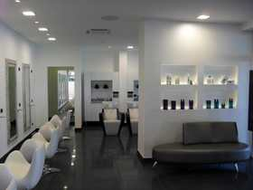 Privè Hair Studio