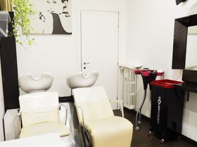 Friselli Hair Studio - Via De Amicis