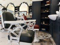 Machete Barber & Beer Shop Ostia - 15