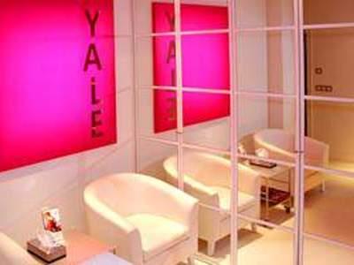 Yale - 1