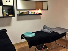 Beauty And Wellness Center Sants