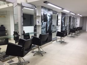 Paul Mitchell Hair Salon Valencia