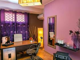Deluxe Hair And Beauty Spa