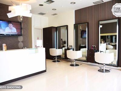 Hair House - 1