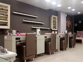 Elegant Nail Studio