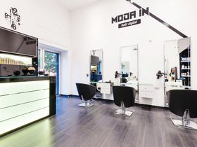 Moda In Hairstylist
