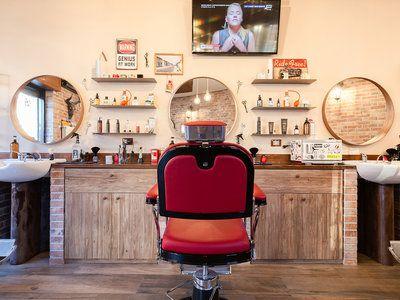 Street Barber - 1