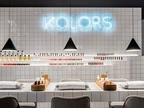 Kolors Nails Bar