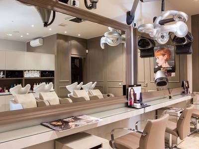Beppe Ricagno Class Hair Salon - 1