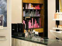 Renoir Parrucchieri Class Hair Salon - 2