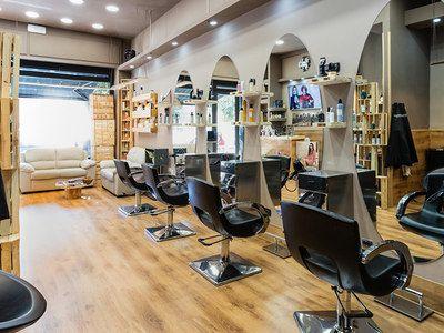 Val Vinsent I Parrucchieri Barber Shop - 1