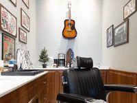 Tadpole Barber Shop - 3