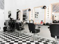 Stile Libero Barber Shop - 10