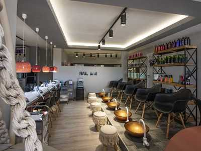 Elysian Luxury Beauty Salon - 1