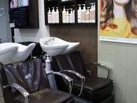 Kalatheris Hair & Beauty Salon - 4
