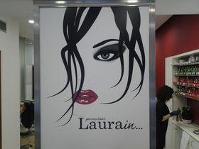 Laura In ...