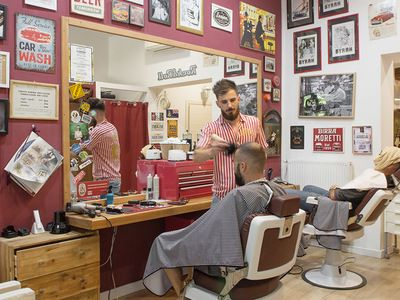 Gian & Son Barbershop - 1