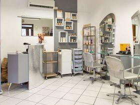 Paola Falone Hairstylist