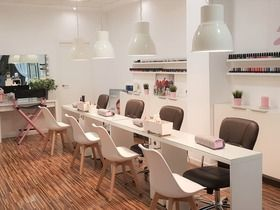 La Bella Beauty Center