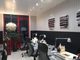 Pedi & Mani - Nails Bar