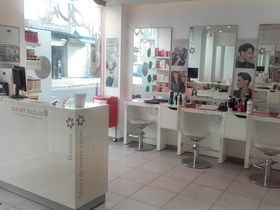 Salon De Coiffure - Saint Algue